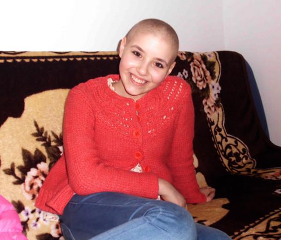 Kada je Aleksandra bila sedmi razred, dobila je strašnu dijagnozu