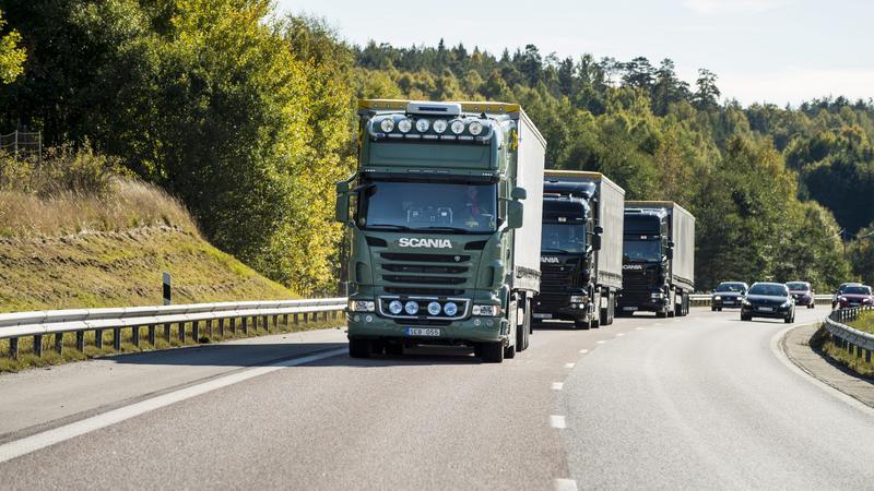 Konwój autonomicznych ciężarówek Scania