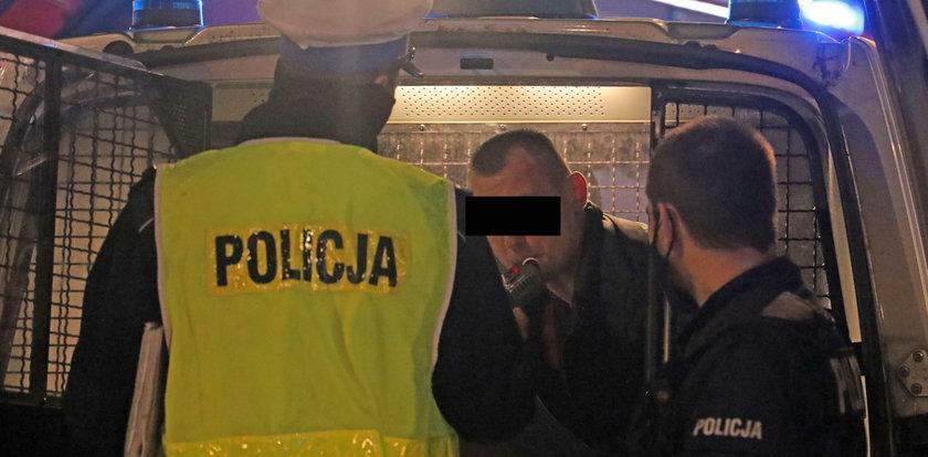 Koszmar w Łodzi. BMW staranowało auto na skrzyżowaniu. Strażacy rozcinali samochód. Nowe fakty