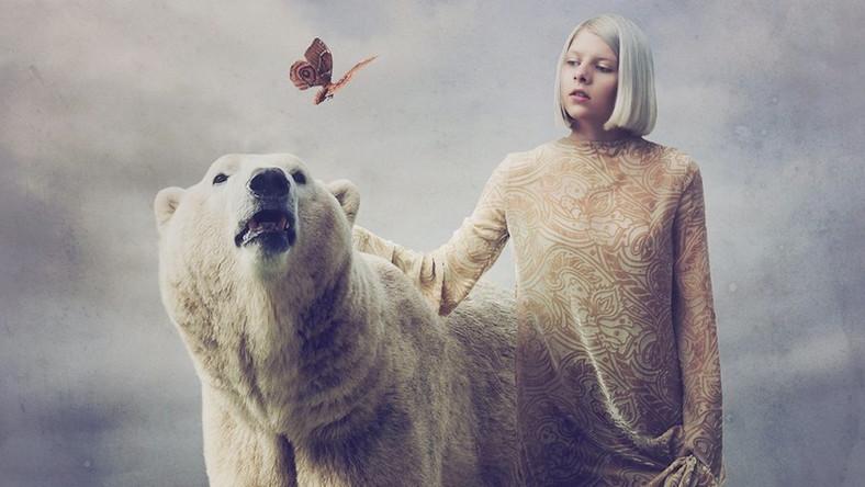 Aurora nie musi epatować seksapilem, skandalami i wizerunkowym szaleństwem, by zainteresować muzyczny świat swoją płytą