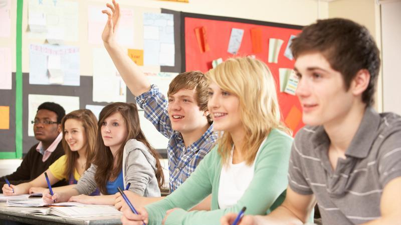 PiS, SP, TR i SLD przeciw wprowadzeniu asystentów nauczycieli