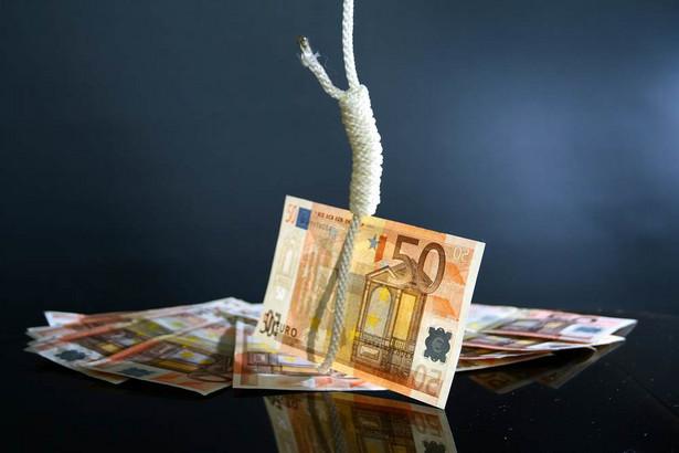 Euro na szubienicy.