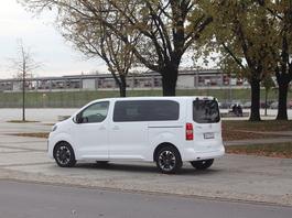 Opel Zafira Life 2.0 Diesel Elite Long – bus klasy biznes
