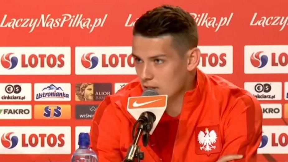 Mariusz Stępiński podczas konferencji reprezentacji Polski.
