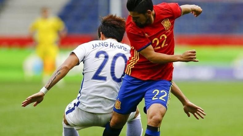 Spain's Nolito and South Korea's Jang Hyun-soo in action. Football Soccer - Spain v South Korea - International Friendly - Red Bull Arena, Salzburg, Austria - 1/6/16