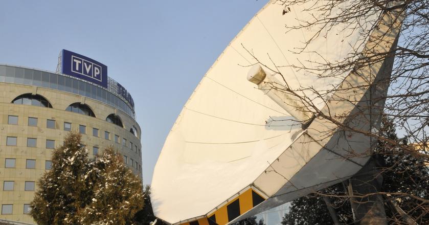 Antena satelitarna wysyłąjąca sygnał kanałów TVP