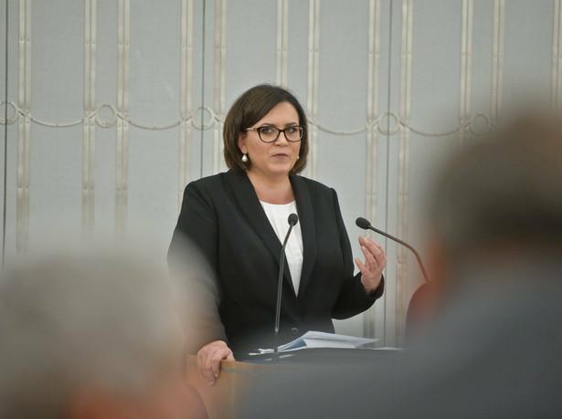 Małgorzata Sadurska dodała, że podkomisja smoleńska będzie badała wszystkie aspekty katastrofy