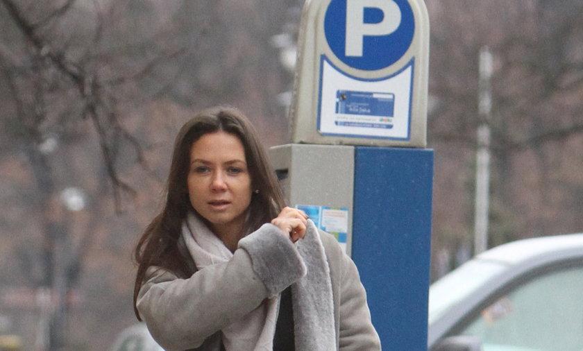 Kinga Rusin zapłaciła za parkowanie