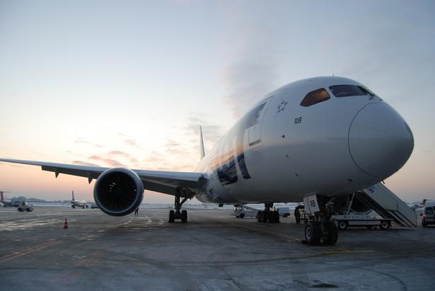 Samolot Boeing 787 Dreamliner w barwach LOT