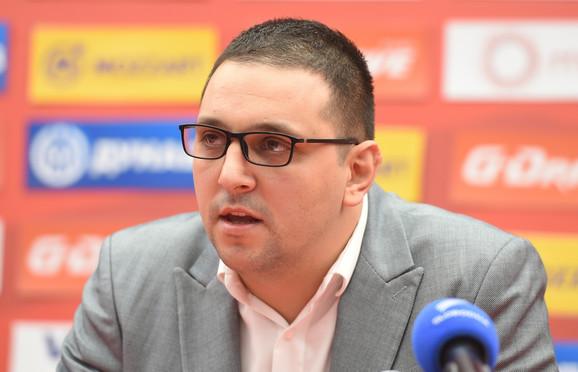 Aleksandar Vučić, predsednik udruženja