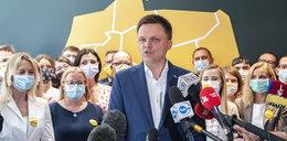 Hołownia namawia do masowego szczepienia Polaków