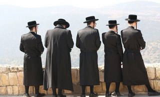 Żyd uratowany przez Polaków: Ludzie zwykle prześladują innych, bo uważają ich za gorszych. Wydaje mi się, że Żydów prześladują ci, którzy sami czują się gorsi
