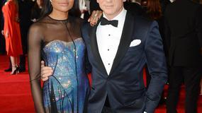 Rodzina królewska i plejada gwiazd na premierze Bonda