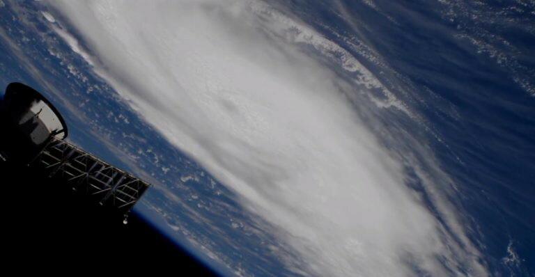Dorian widziany z pokładu ISS