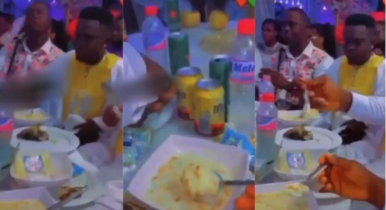 Couple serves 'gari soaking' to guests at wedding reception (video)