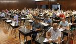 BUDUĆI UPRAVNICI ZGRADA SE PREZNOJILI Na pismenom testu 40 pitanja, ali će tek usmeni BITI PAKAO