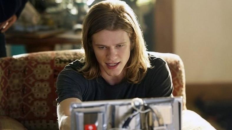Lucas Till jako MacGyver
