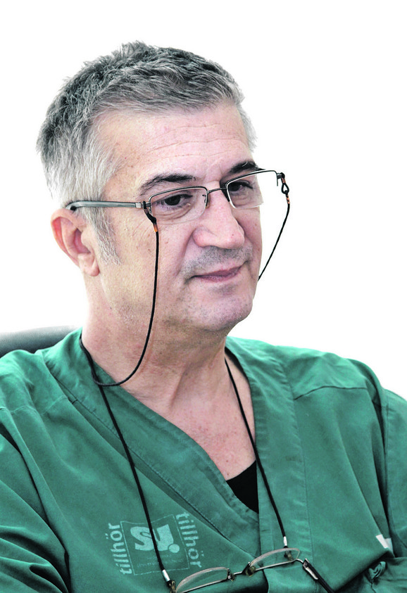 Dr Bojan Lukić, rukovodilac Klinije za ginekologiju i akušerstvo Kliničkog centra u Nišu
