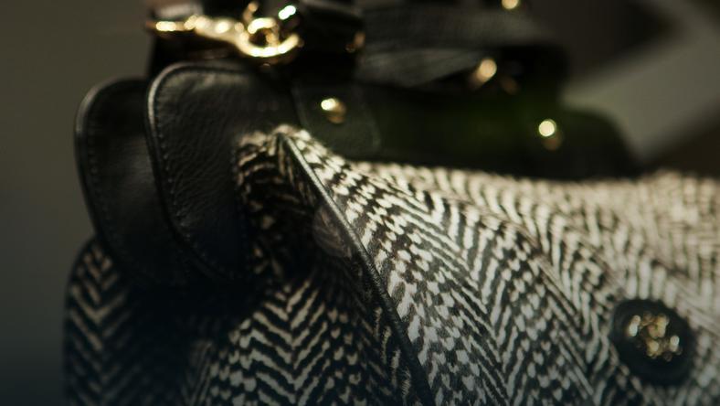 87b875e5d1301 Jak rozpoznać podrobione torebki - Moda