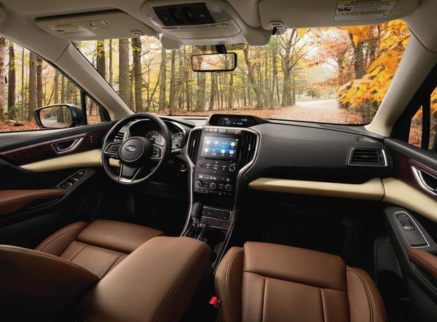 Subaru Ascent dostępne będzie z dużym 8 calowym ekranem i system multimedialnym z Android Auto, CarPlay oraz Starlink