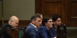 Rozenek: Rząd i opozycja błądzą we mgle