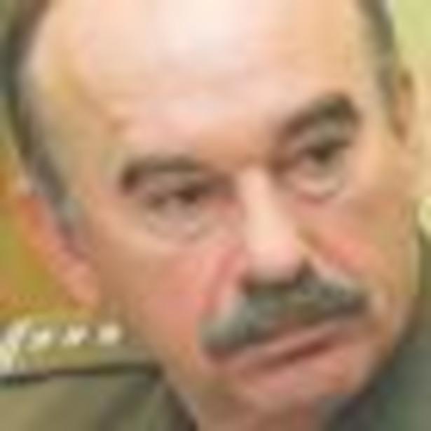 Stanisław Ruman, szef Zespołu do spraw Profesjonalizacji Sił Zbrojnych RP, mówi, że utrzymanie pracy w armii wymaga stałego podnoszenia kwalifikacji Fot. Wojciech Górski