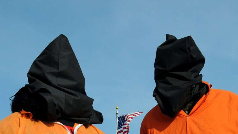 """Raport Amnesty International o więzieniach CIA. """"Przerwać zmowę milczenia"""""""