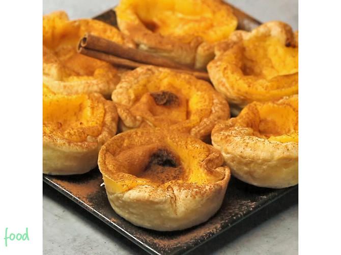 Portugalske slatke KORPICE: Neverovatno MEKANE, punjene VANILOM i posute cimetom za savršen ukus!
