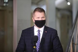 Ponad 88 tys. osób podpisało się pod petycją o odwołanie ministra Czarnka