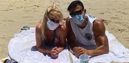 Britney Spears w maseczce z 26-latkiem na plaży