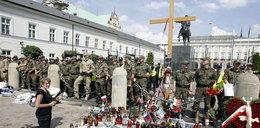 Złożono donos na obrońców krzyża!