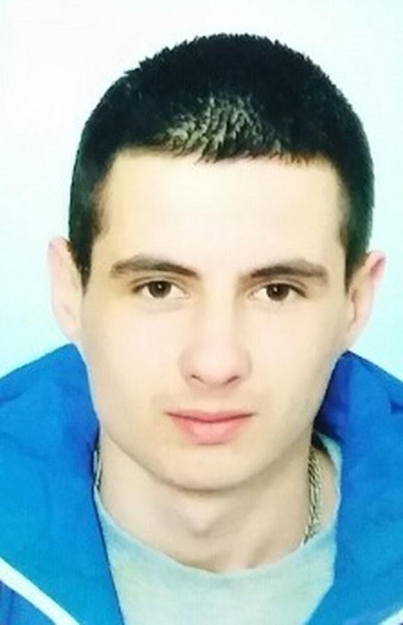Nikola poginuo dok je pružao pomoć povređenima