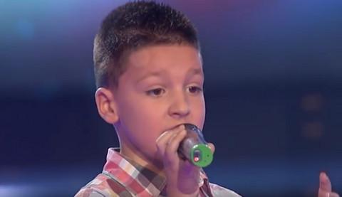 Sećate li se malog Pavla koji je bio najmlađi učesnik prve sezone Pinkovih zvezdica? Evo kako danas IZGLEDA!