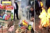 Paljenje srpskih proizvoda u Dečanima