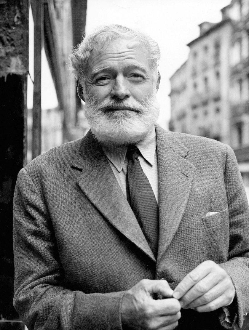 Amerykański pisarz Ernest Hemingway