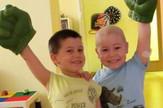 Bolesna deca Milan i Marko