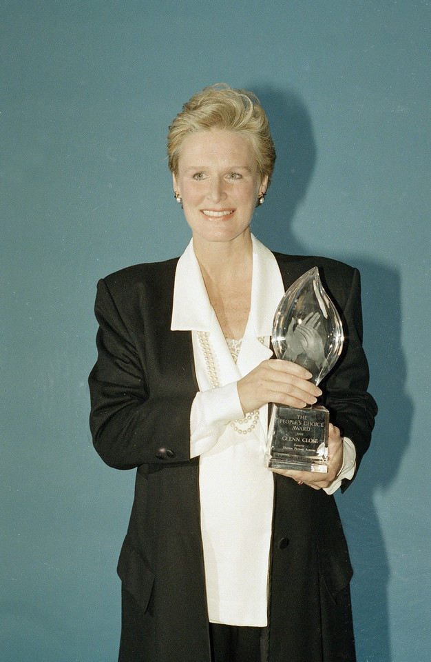 Glenn Close ze statuetką People's Choice Award, 1988 r.
