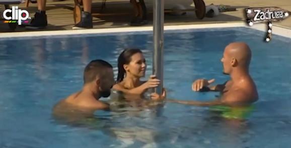 Stanija, Vladimir i Bojan u bazenu