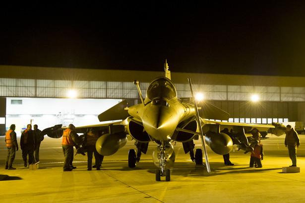 Francuski myśliwiec Rafael biorący udział w interwencji w Mali.