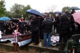 Marijana i Darko Petrovic sahranjeni jedno do drugoga na groblju u selu Glogovica kod Aleksinca