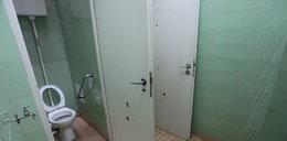 Martwy pacjent leżał dobę w toalecie