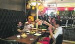 VIJETNAMCI OBOŽAVAJU SARME Zemunac otvorio prvi srpski restoran u Ho Ši Minu