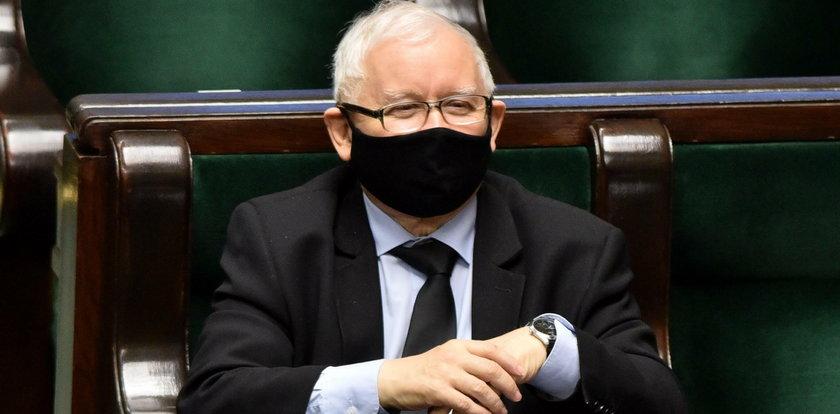 Kaczyński podjął osobistą decyzję ws. szczepionki na COVID