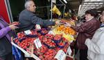 Banjalučanima sve teže da izdvoje novac za voće: I jagode postale luksuz