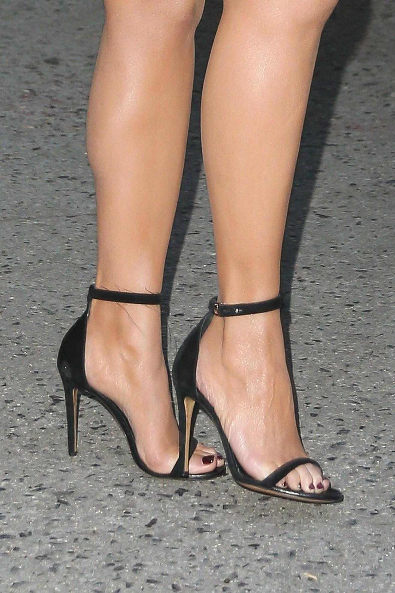 A sandale?