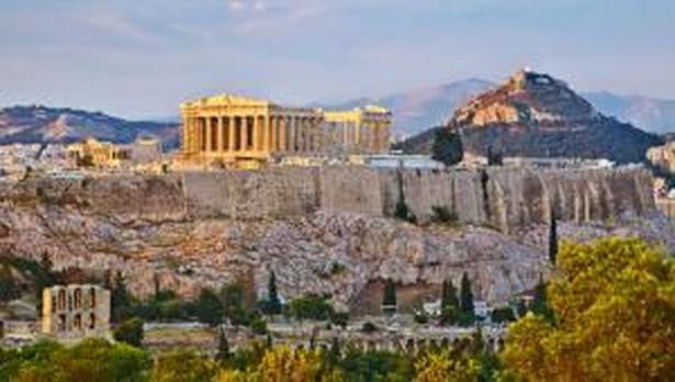 Grecja pełna jest niezwykłych antycznych zabytków i innych atrakcji turystycznych. Zobacz galerię 10 miejsc w Grecji, które cieszą się największym powodzeniem odwiedzających ten kraj turystów.