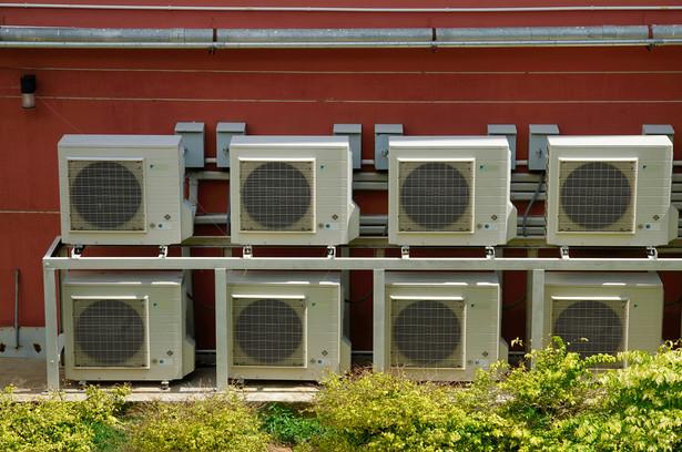 Pracodawca musi zadbać o czystą klimatyzację