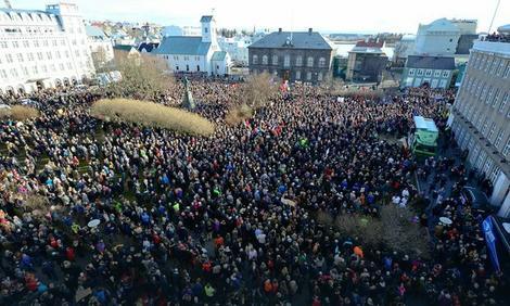 Demonstracije protiv premijera Islanda