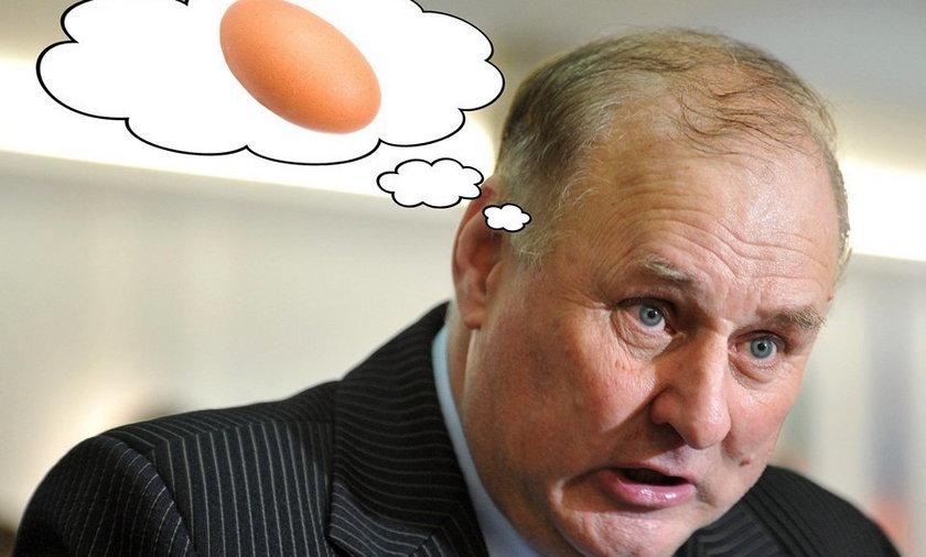 Fanaberie posła PiS: Świąteczne jajka je tylko z...