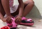 Organizacja charytatywna stworzyła regulowane buty dla krajów Trzeciego Świata